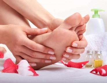 soin-des-pieds-aromatherapie