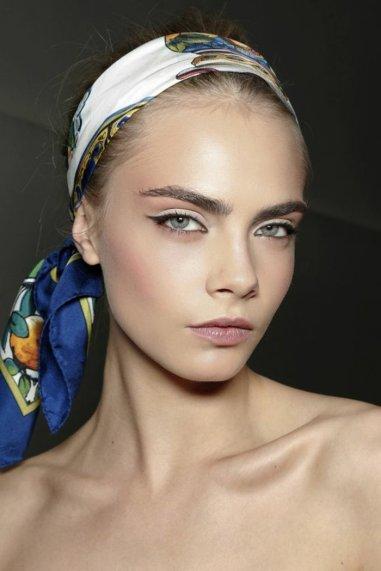 Comment porter le foulard (27)