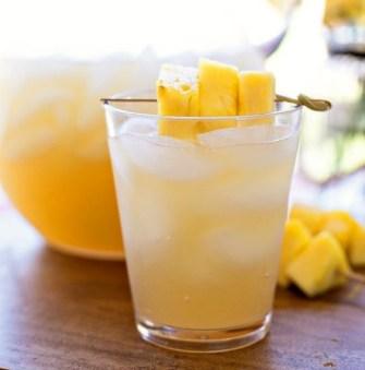 Punch à l'ananas et au gingembre