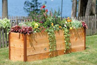 jardiner-debout-jardin-compact