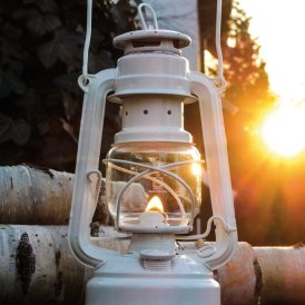 lampe-tempete-a-petrole-feuerhand-baby-special-176-inspiration-blanc.800