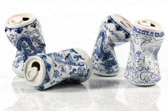Drinking Tea, une magnifique série de sculptures en porcelaine par l'artiste chinois Lei Xue