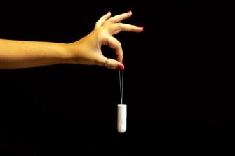 «Tampon, votre innemi intime», les tampons sont-ils dangereux pour les femmes