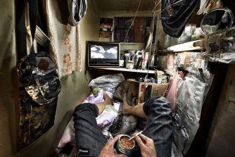 Ces images choquantes révèlent la réalité qui se cache derrière les «Coffin Cubicles» de Hong Kong