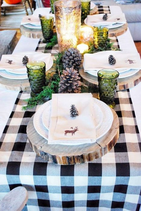 Une table raffinée au décor rustique chic pour Noël 01
