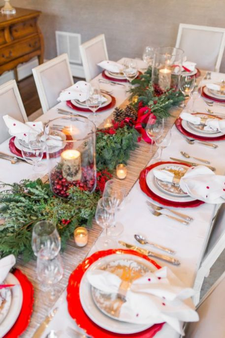 Une table raffinée au décor rustique chic pour Noël 22