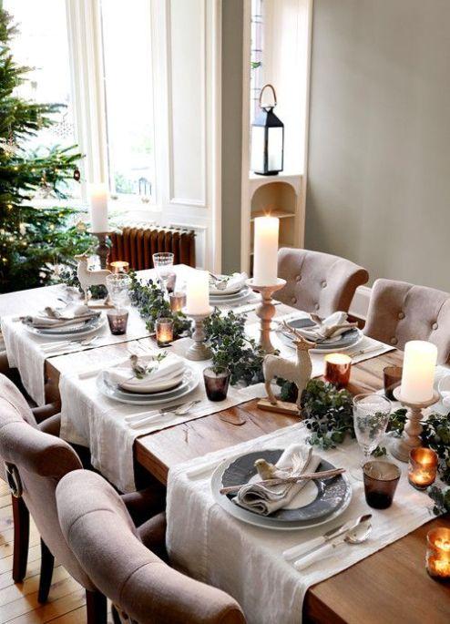 Une table raffinée au décor rustique chic pour Noël 23