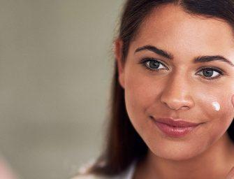 Eliminer naturellement les taches brunes sur le visage