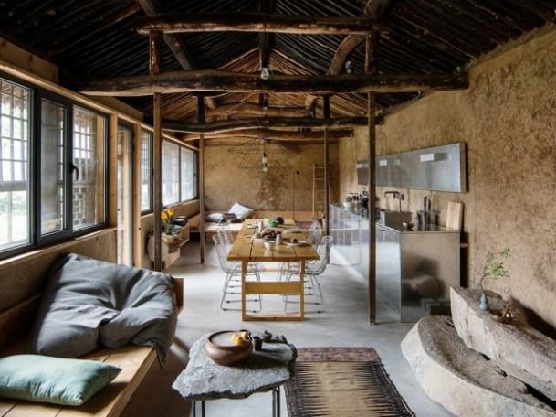 Studio-Cottage-1-tt-width-620-height-465-lazyload-0-crop-1-bgcolor-000000-except_gif-1