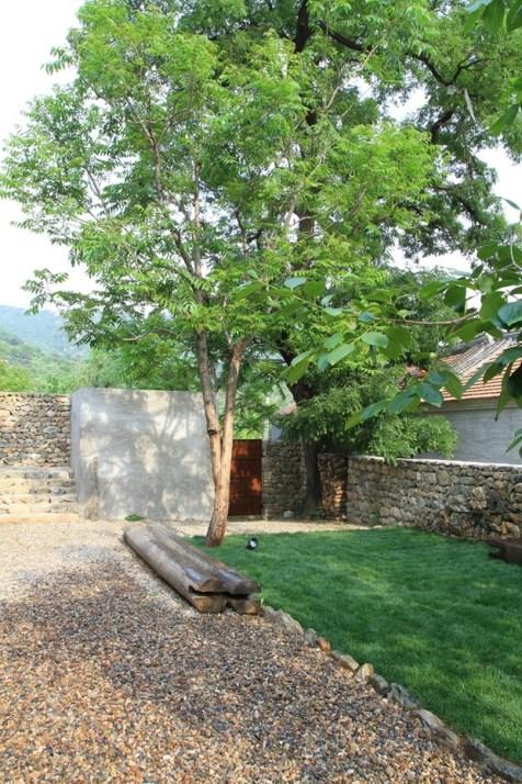 Studio-Cottage-15-tt-width-620-height-930-lazyload-0-crop-1-bgcolor-000000-except_gif-1 (1)