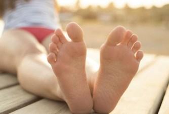 Pourquoi faut-il se masser les pieds tous les soirs avant de dormir ?
