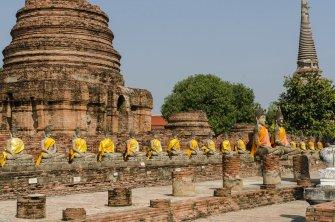 Les Deux Pieds Dehors vous invite à découvrir Ayutthaya en Thailande