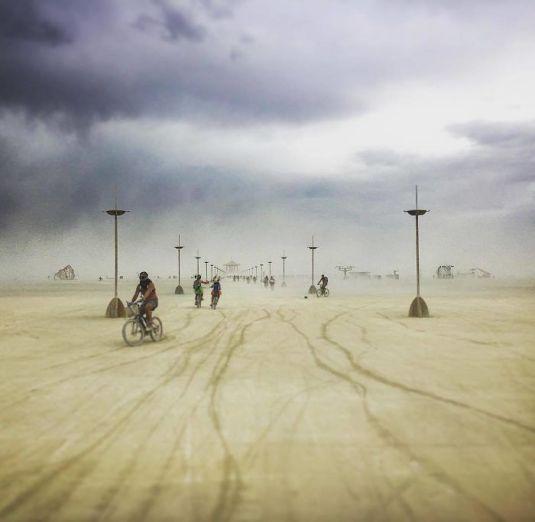 Les-plus-belles-Photos-de-Burning-Man-2017-009
