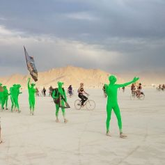 Les-plus-belles-Photos-de-Burning-Man-2017-044