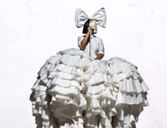 «I'm Still Here» : Sia dévoile son nouveau titre intense et puissant