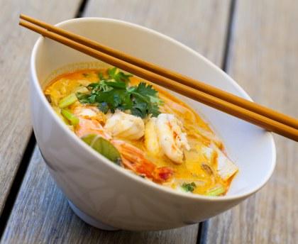 soupe thai aux crevettes et lait de coco