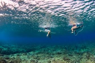 Trip surf en amoureux : Dane Zaun et Bruna Schmitz à Fidji
