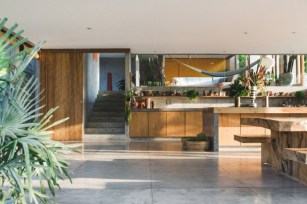 Brutalist Tropical House à Bali (11)