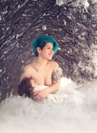 ivette-ivens-breastFeeding 24 (10)