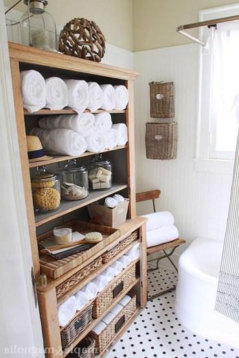 Des idées deco pour votre petite salle de bain (18)