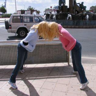 mannequins-city-street-art-installation-trolling-sculptor-artist-mark-jenkins-30-5d13180458b61__700