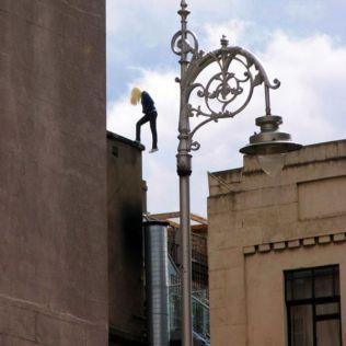 mannequins-city-street-art-installation-trolling-sculptor-artist-mark-jenkins-42-5d13181852045__700