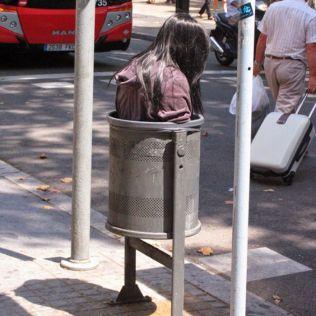 mannequins-city-street-art-installation-trolling-sculptor-artist-mark-jenkins-49-5d131826249e6__700