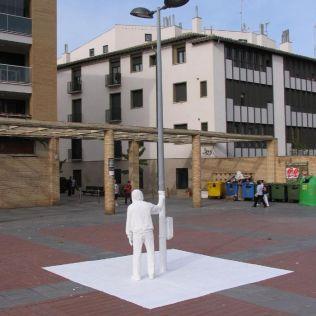 mannequins-city-street-art-installation-trolling-sculptor-artist-mark-jenkins-7-5d1317da445e4__700