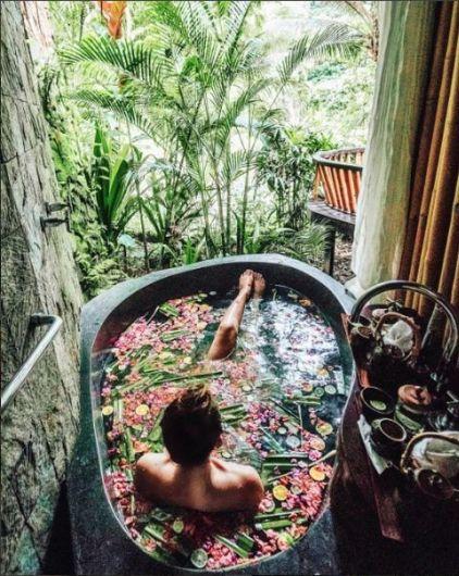 Une baignoire en extérieur (9)