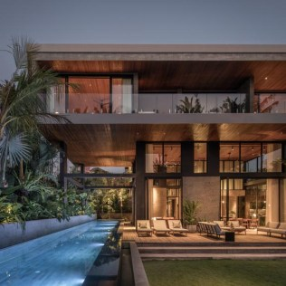 modern-architecture-house-swimming-pool-cantilever-100220-1204-01