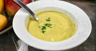 Soupe froide à la mangue et au gingembre