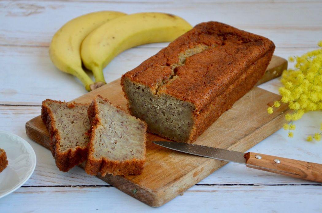 ob_d9a59a_cake-banane-banana-bread