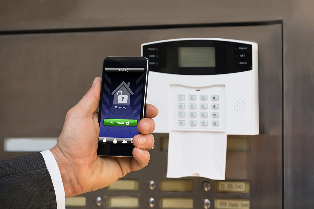 7 Home Security Tips to Keep Your New House Safe From Crime