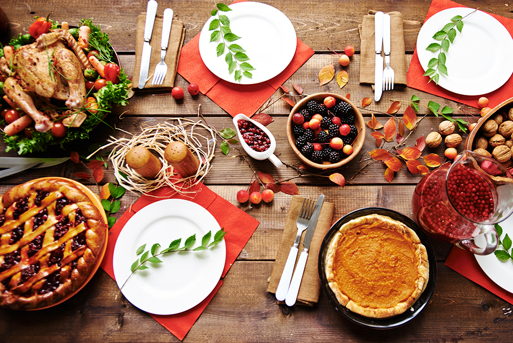 How to Host Thanksgiving After a New Move