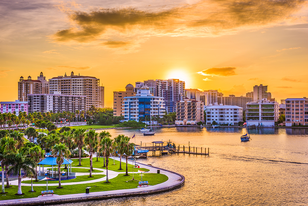 10 Reasons to Move to Florida