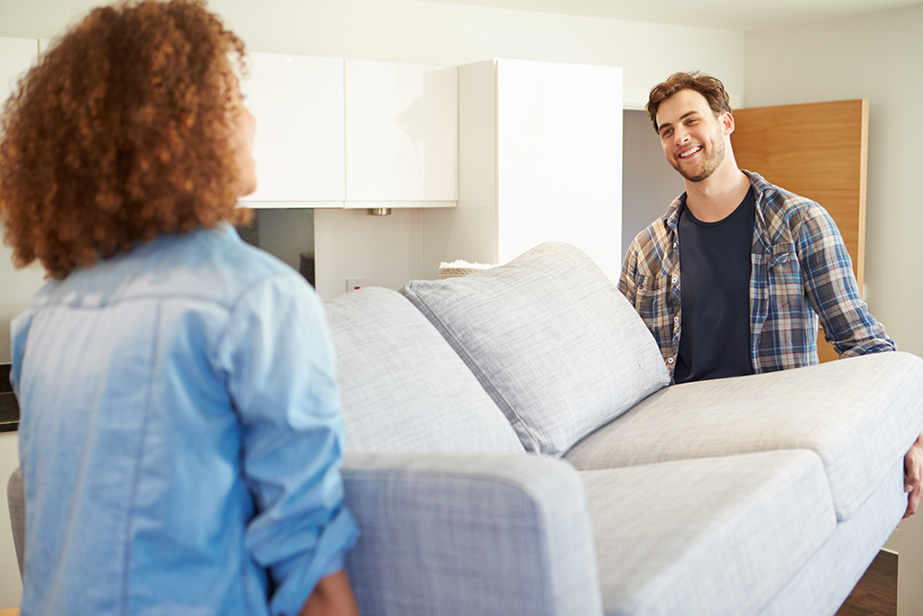 How to Move a Couch By Yourself | Moving.com
