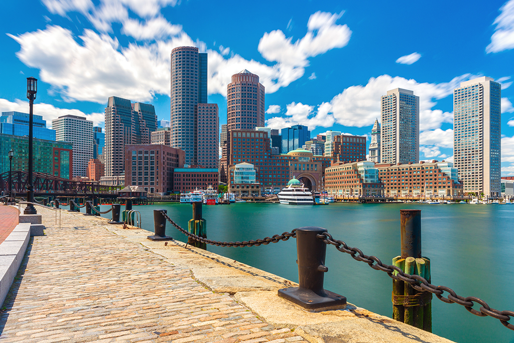 10 Reasons to Move to Massachusetts