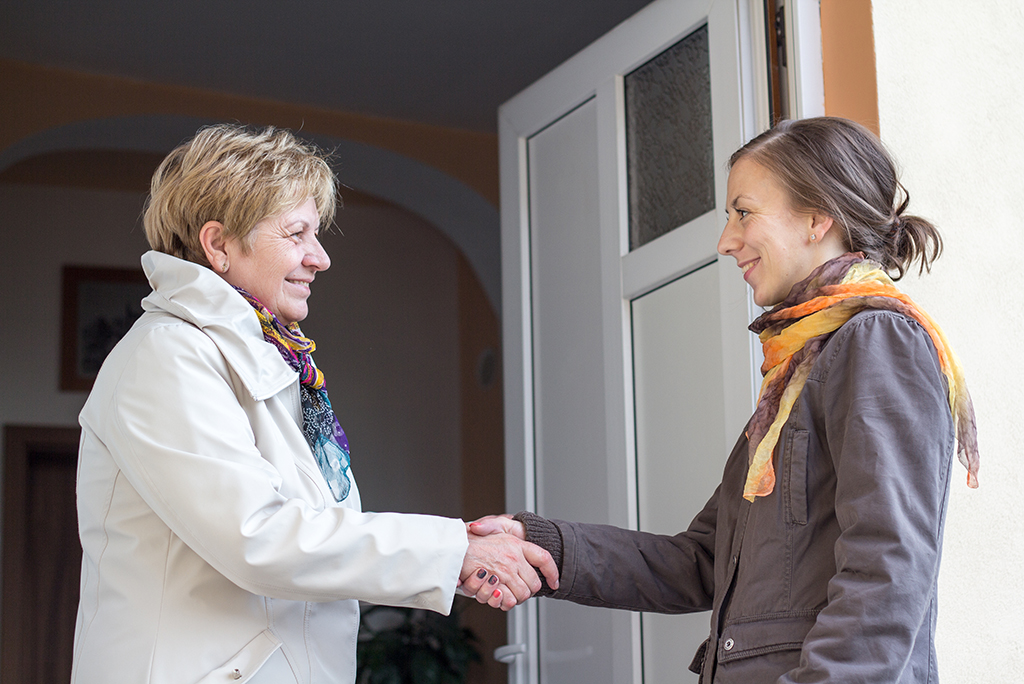 The Dos and Don'ts of Winning Over Your Neighbors