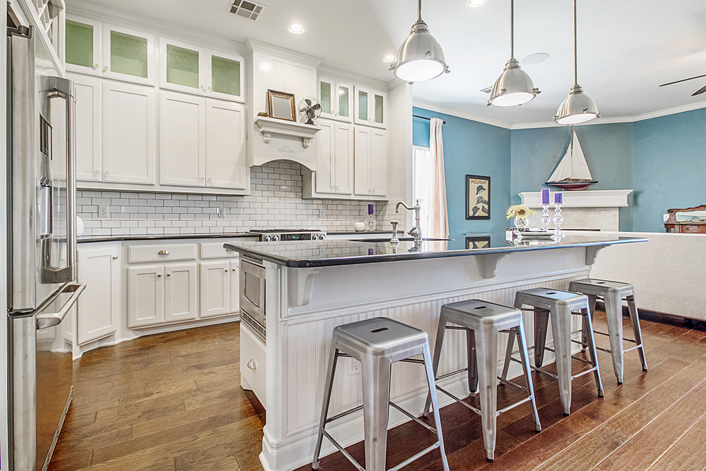 10 Budget Friendly Kitchen Design Ideas to Update Your New Home   Moving.com