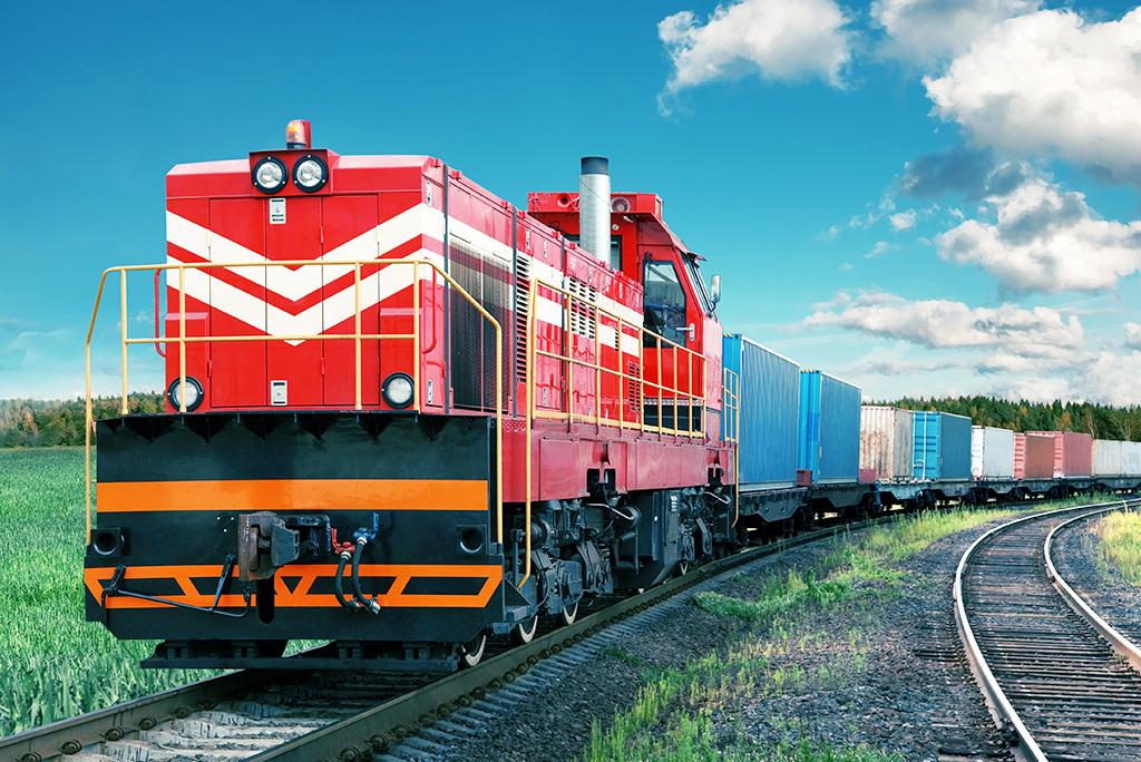 train auto transport