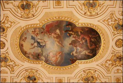 gt_witley_interior_roof_420_420x284