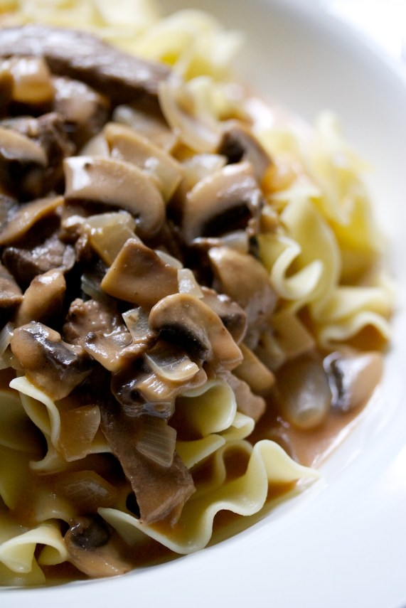 beef stroganoff | movita beaucoup