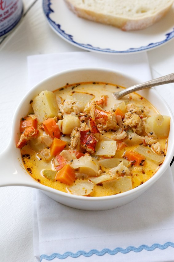 seafood chowder 2.0 | movita beaucoup