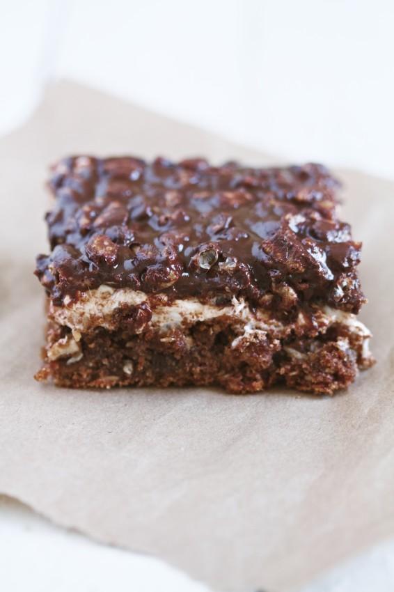 chocolate marshmallow layer bars | movita beaucoup