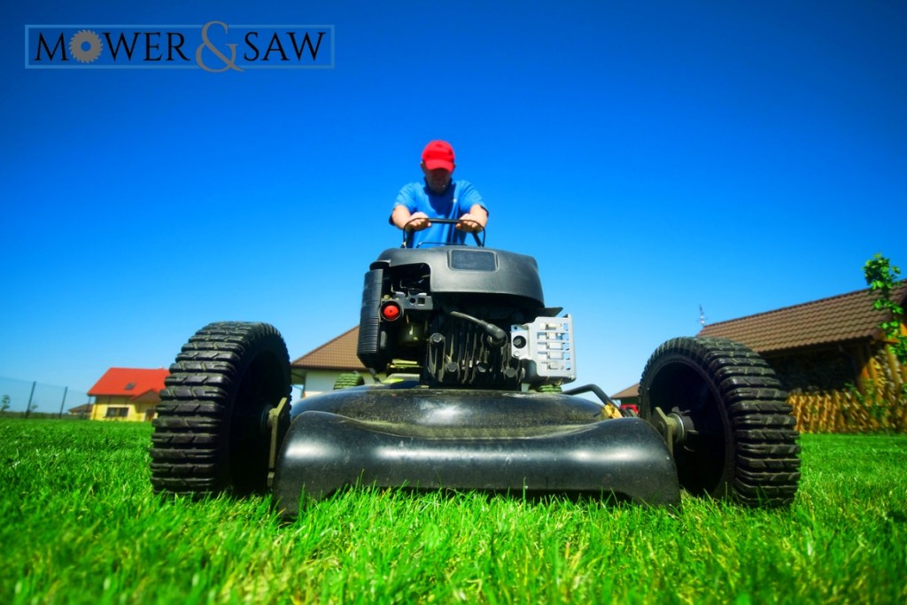 Best Self Propelled Lawn Mower Under $400 Featured Image