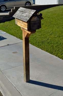 Mailbox 52