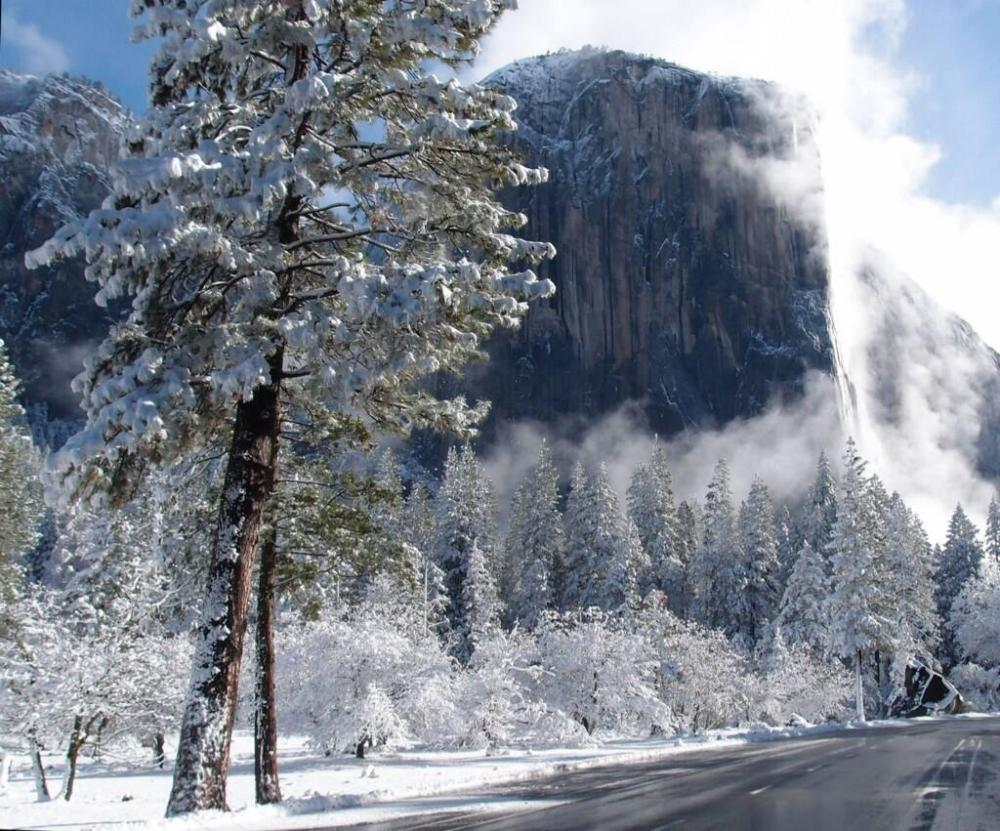 Yosemite Valley after a fresh snowfall, March 2014. Tweeted by the US Department of the Interior, 4/3/2014.