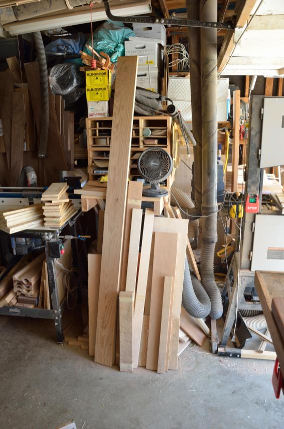 Here's lumber including picture frame stock and offcuts that have nowhere else to go. I have too much lumber, and not enough to do what I'm doing.
