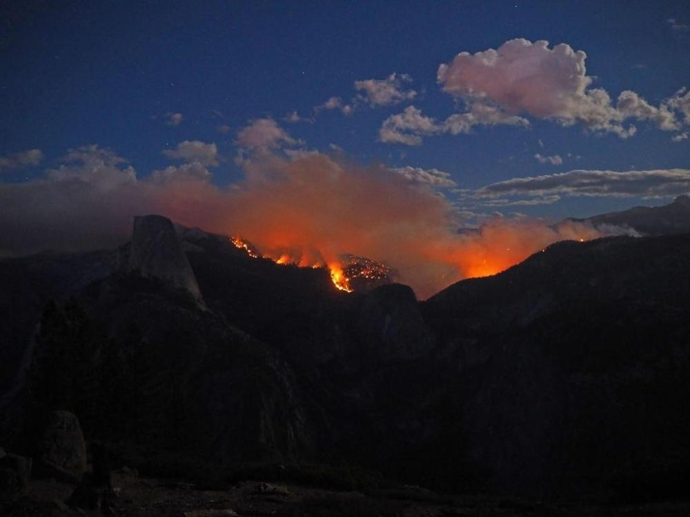 This is an image that will surely make any person pause that lives in a pyrrhic ecosystem like most of us in the western US. This is the view of the fire burning in Yosemite National Park, as seen from Washburn Point on Sunday evening, 9/7. Half Dome is clearly visible on the left side of the photograph. Tweeted by the US Department of the Interior, 9/8/14.