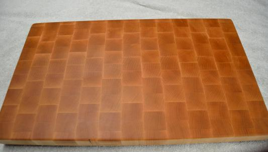"Hard Maple. 20-3/4"" x 12-3/8"" x 1-1/2"". End grain."